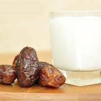 Milk and Dates during Ramadan